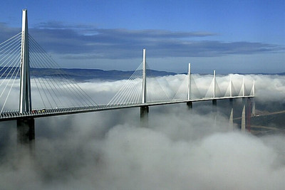 Photo_of_viaducde_millau